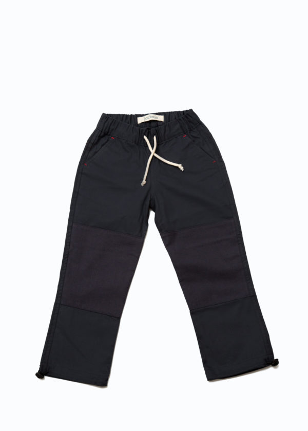 Jackalo's Jules pants in anthracite organic cotton twill